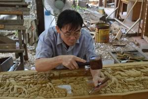 Carving teak