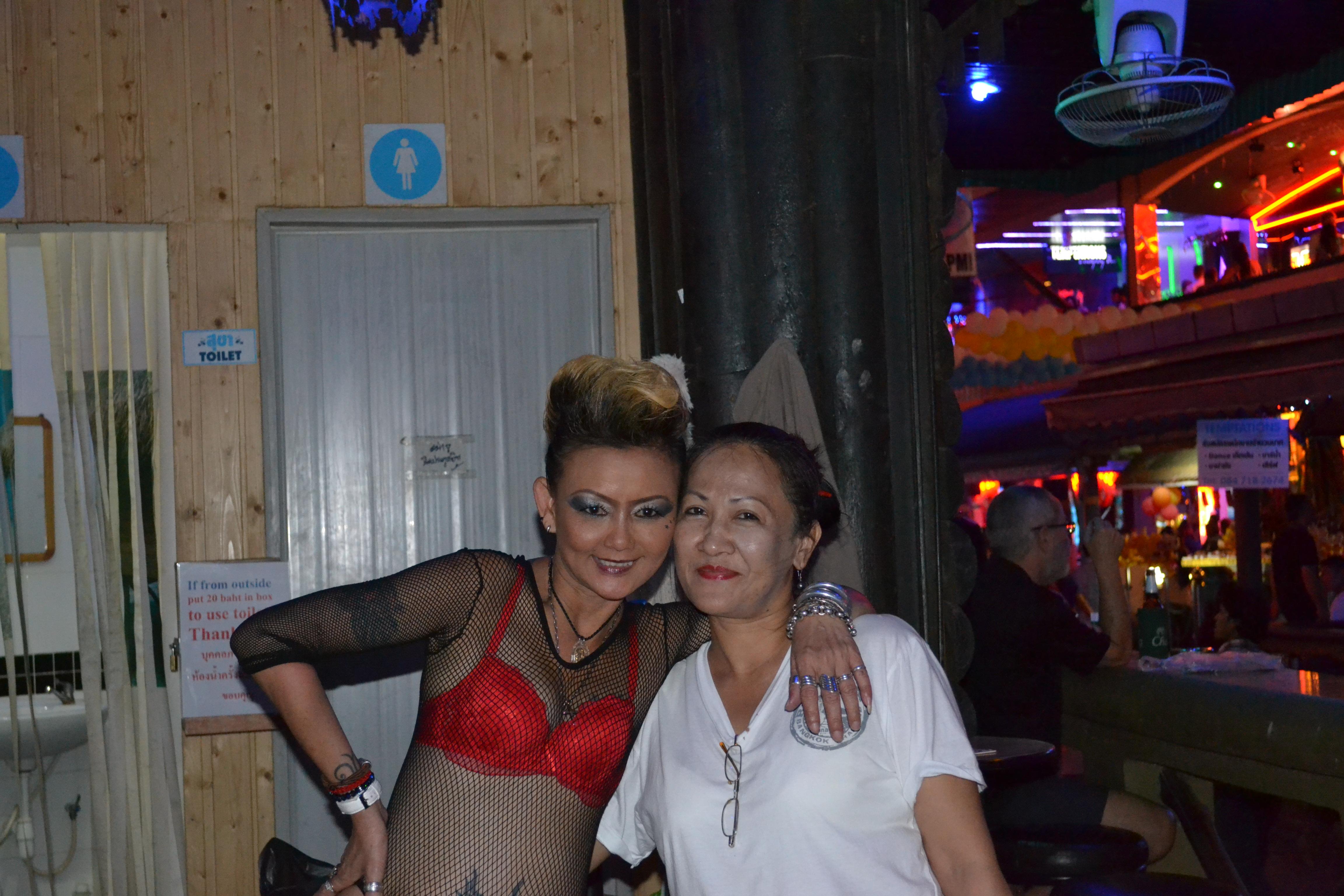 thai women flirt fair