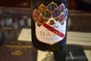 Dadd sparkling wine